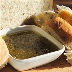 Enjoyed this dipping oil tonight with focaccia olive oil/thyme bread and wine. I used lots of fresh garlic! I Love Food, Good Food, Yummy Food, Appetizer Dips, Appetizer Recipes, Gourmet Recipes, Cooking Recipes, Copycat Recipes, Bread Dipping Oil