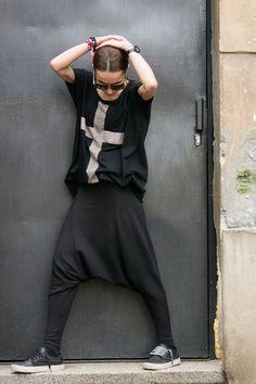 Loose Drop Crotch Harem pants by Aakasha on etsy Dark Fashion, Urban Fashion, Low Crotch Pants, Fashion Pants, Fashion Outfits, Drop Crotch, Pullover, Hoodie, Mode Outfits