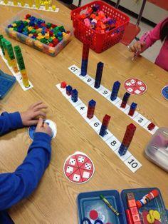 Mengen Erfassung Würfel alle 10 Zahlen würfeln und mit klotzen bauen Building' Our Knowledge of Addition...1 Tower At A Time!