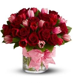 So Gorgeous! Red Roses with Pink Tulips for a Breathtaking Valentine Bouquet. Valentine Bouquet, Valentines Flowers, Valentine Flower Arrangements, Floral Arrangements, My Flower, Pretty Flowers, Send Flowers, Plantas Bonsai, Pink Tulips