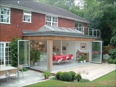 Ideas for house glass extension folding doors Orangery Extension, Glass Extension, Extension Ideas, Kitchen Extension Glass Doors, Extension Google, Marquise, Folding Doors, House Extensions, Architecture