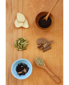 ginger, loose, black tea, Vietnamese cinnamon, fennel seed, tea masala, green cardamom.
