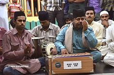 Qawwalis are sung at Yousufain Dargah, Nampally, Hyderabad every thursday evening after the Isha prayers or the last prayer of the day. Watch the video.