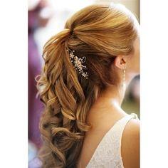Pretty prom hair