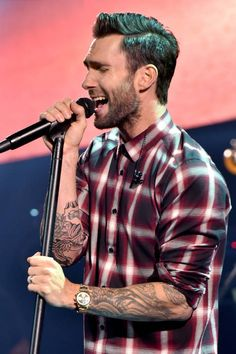 Oh hey, Adam Levine. One of the few man that can wear just a plaid shirt and look very sexy ! #AdamLevine #Yummy