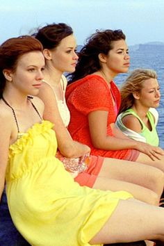 You're Going to Love This Sisterhood of the Traveling Pants Reunion