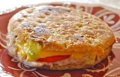 This tuna melt was very satisfying and was a good source of protein.    serves 4 ( 6 points+)     1 can ( 7 oz.) tuna packed in water, drained   3 T. canola mayonnaise   1 celery stalk, finely