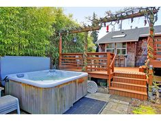 bamboo and hottub