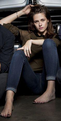 Kristen Stewart - #sexytoes #sexyfeet #footfetish