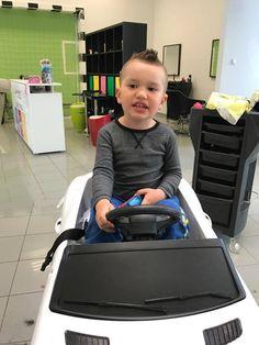 Drsní chlapci potrebujú drsný účes! Vitajte v našom kaderníctve! #detskekadernictvo #kadernictvo #trnava #haircut #kid #hairstyle