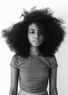 Ladies, try to fall in love again with your natural afro hair. Have a look at all these Afro hair inspiration images that we've collected for you, enjoy! Natural Afro Hairstyles, Cool Hairstyles, Dreadlock Hairstyles, Black Hairstyles, Wedding Hairstyles, Big Hair, Your Hair, Style Afro, Curly Hair Styles