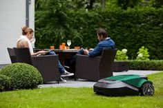 With all the little extra features you could ask for and the easily earned results accustomed with robomowers, the RS625 really is the complete package for those with lawns 2,600m² in size.
