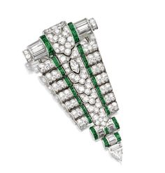 PLATINUM, DIAMOND AND EMERALD PENDANT-CLIP-BROOCH, OSCAR HEYMAN & BROTHERS, FOR TIFFANY & CO., CIRCA 1930, AND A PLATINUM AND DIAMOND NECKLACE - Sotheby's