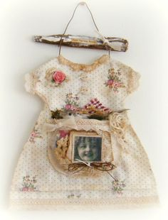 Mixed Media and Fabric Art Shabby Chic Crafts, Vintage Crafts, Estilo Shabby Chic, Altered Couture, Dress Tutorials, Primitive Crafts, Fabric Art, Traditional Art, Handmade Crafts