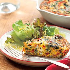 Red bell pepper, red onion, and spinach pack our Vegetable Frittata. Serve Vegetable Frittata for breakfast or dinner--just add a green salad to round out your evening meal. Egg Recipes, Brunch Recipes, Breakfast Recipes, Cooking Recipes, Healthy Recipes, Chicken Breakfast, Fall Breakfast, Recipies, Quiches