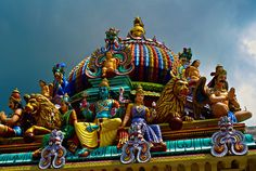 Hindu deities (sculptures) on the Gopuram, Sri Mariamman Temple (built in the South Indian Dravidian style), Singapore.
