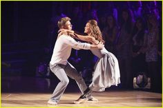 Amy Purdy & Derek Hough Dance the Contemporary on  #DWTS Week 3 (3/31/14)