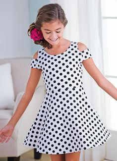 From CWDkids: Polka Dot Open Shoucocuklder Dress Frocks For Girls, Kids Frocks, Little Dresses, Little Girl Dresses, Cute Dresses, Girls Dresses, Little Girl Fashion, Kids Fashion, Cute Outfits For Kids