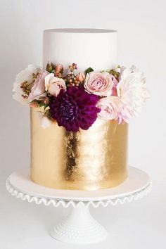 Wedding Online - Planning - 23 of the most popular wedding cakes on Pinterest