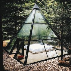 Glamping tent in form of a glass pyramide in France Exterior Design, Interior And Exterior, Room Interior, Outdoor Spaces, Outdoor Living, Outdoor Bedroom, Future House, Architecture Design, Landscape Architecture