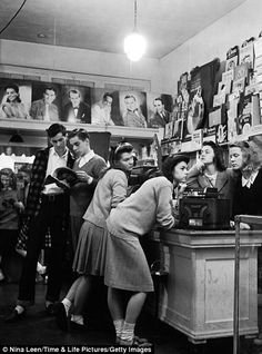 Time Life series of pictures  - being a teenager in the 1940's.