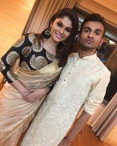 Diwali Gathering  Makeup : @hariharanarasu  Hairdo : @1989kuma  Earrings : @greenartifact  Saree & Blouse : Vikna Raj, all the way from Chennai.
