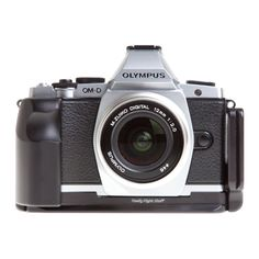 RRS - L-plate and grip for Olympus OM-D E-M5