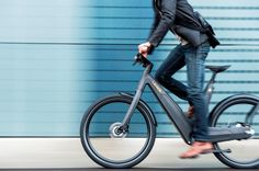 Leaos Pure is the most perfect form of Leaos bike. The elegance of the body combined with matte lacquered carbon fiber gives this e-bike a unique look. Electric Bicycle, Electric Cars, Electric Vehicle, Bike Run, Road Bikes, Trends, Solar Panels, Solar Power, Carbon Fiber