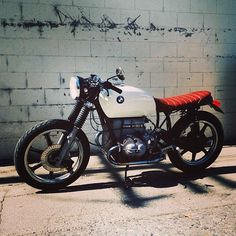 Beautiful. Light. BMW caferacer by @Craig Johns Marleau