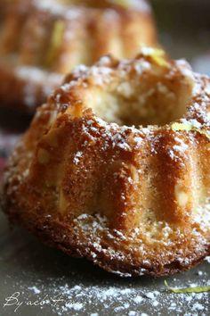 Mini Patisserie, Mini Tortillas, Cake Factory, Tasty, Yummy Food, Alsace, Sweet Desserts, Mini Cakes, Food Art