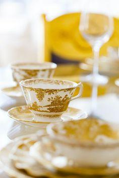 Фарфоровые изделия от Royal Crown Derby за последние 200 лет стали настоящей частью британской истории. Настоящие английские сокровища ждут своих обладателей в нашем шоу-руме HOME COLLECTION!