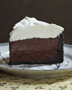 Mississippi Mud Pie (aka Muddy Mississippi Cake). Cookie crust, chocolate cake, chocolate pudding and whipped cream!