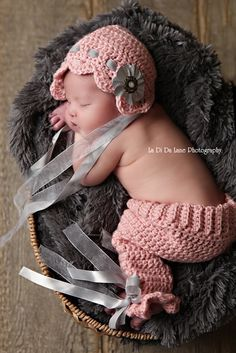 Newborn Baby Girl Crochet Scalloped Bonnet Hat by unRaveledCrochet, $45.00