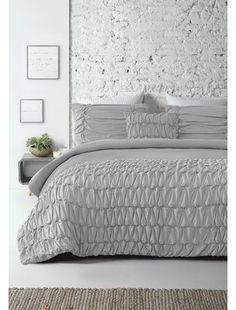 Kennie Reversible Comforter Set