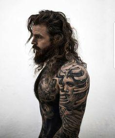 Hot Guys Tattoos, Hair Tattoos, Life Tattoos, Body Tattoos, Sexy Tattooed Men, Viking Men, Beard Styles For Men, Aesthetic People, Hommes Sexy