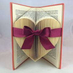 Folded heart - book art ❤️