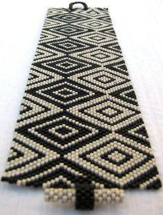 Cubism Diamonds Peyote Cuff / Peyote Bracelet 2375 by SandFibers