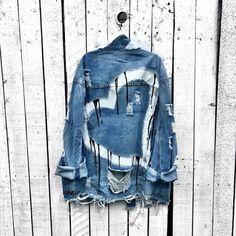 Painted Denim Jacket, Painted Jeans, Painted Clothes, Hand Painted, Ripped Denim, Distressed Denim, Denim Ideas, Denim Fashion, Topshop
