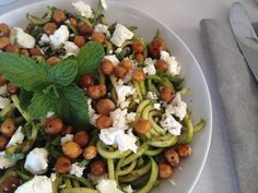 Mint Pesto Marrow (Zucchini, Courgette) Spaghetti with Herb Roasted Chickpeas and Feta Best Blenders, Fresh Mint Leaves, Tray Bakes, Pesto, A Food, Zucchini, Food Processor Recipes, Chickpeas, Roast