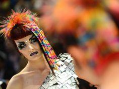 This weekend saw the world's elite hair stylists take part in the OMC Hairdressing World Championships in Frankfurt, Germany. Natalia Poklonskaya, Weird News, Creative Hairstyles, Crazy Hair, World Championship, Hairdresser, Cool Photos, Hair Color, Wonder Woman
