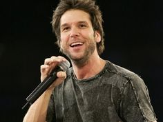 Dane Cook Best Stand Up Comedy Ever! Episode 1--THIS IS ONE OF MY MOST FAVORITE COMEDIANS. I KNEW HIM BEFORE HE BECAME A COMEDIAN AND HE'S JUST NATURALLY FUNNY. HE'S ALWAYS BEEN FUNNY.