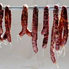 Genoa Salami - Beef and pork butt go into this Genoa salami recipe along with brandy and a boatload of spices. Once the curing time is up your bragging rights will be awesome. Salami Recipes, Homemade Sausage Recipes, Charcuterie Recipes, Meat Recipes, How To Make Sausage, How To Make Cheese, Sausage Making, Carne Asada, Pickling