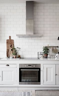 Love this shape and size tile kitchen splashback - so timeless and different to regular subway tiles. Love this shape and size tile kitchen splashback - so timeless and different to regular subway tiles. Kitchen Interior, New Kitchen, Kitchen Decor, Kitchen White, Rustic Kitchen, Country Kitchen, Minimal Kitchen, Kitchen Styling, Maple Kitchen