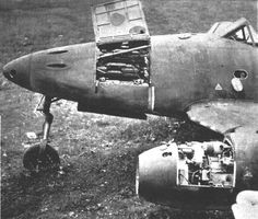Close-up of Messerschmitt Schwalbe reveals position and mounts of four Mk. Note simple construction of jet engine. Luftwaffe, Ww2 Aircraft, Fighter Aircraft, Military Jets, Military Aircraft, Air Fighter, Fighter Jets, Me262, Messerschmitt Me 262