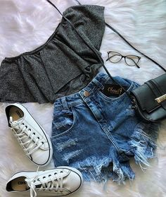 67 trendy clothes ideas for teens casual shoes Teen Fashion Outfits, Teenage Outfits, Cute Fashion, Outfits For Teens, Fashion Shoes, Outfits 2016, Tween Fashion, Womens Fashion, Cute Summer Outfits