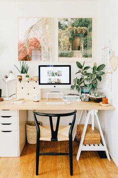 Our Home Office/Guest Bedroom — Black & Blooms Home Office Space, Home Office Design, Home Office Decor, Office Ideas, Office Inspo, Tiny Home Office, Desk Inspo, Home Desk, Desk Space