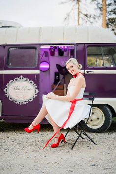 Mariage Rockabilly : inspirations décoration & mode Robe Baby Doll, Baby Strollers, Inspiration, Children, Decor, Rockabilly Wedding, Red Ribbon, Quirky Wedding, Baby Prams