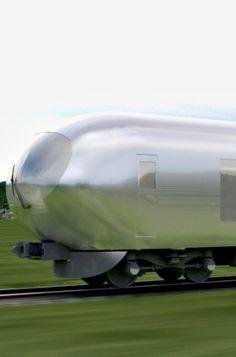 No es ciencia ficción: llega el tren invisible (a Japón)