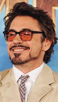 Hairstyles Men Glasses Guys 32 Ideas - Nail Effect Hero Marvel, Tony Stank, Robert Downey Jr., Carmen Sandiego, John David, Iron Man Tony Stark, Man Thing Marvel, Downey Junior, Marvel Actors