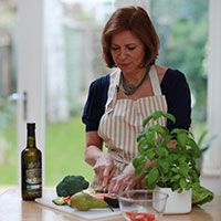 Jessica's Recipe Bag aims to give you more time to focus on the joy of cooking at home, spending time with your family, and eating healthy meals. Healthy Foods To Eat, Healthy Eating, Healthy Recipes, Working Mums, Joy Of Cooking, Cook At Home, What To Cook, Salmon, Easy Meals